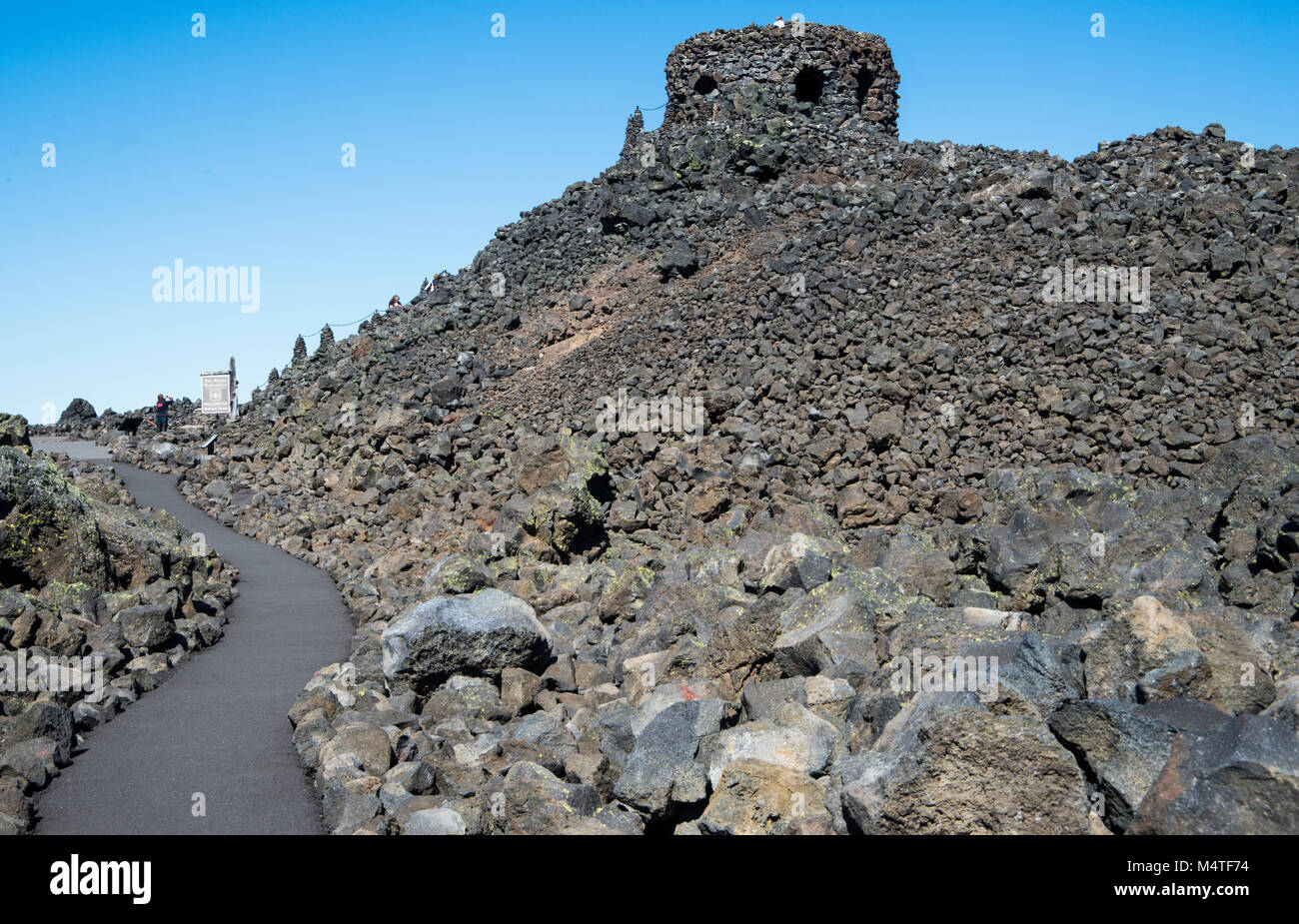 Dee Wright Memorial in lava field in Oregon - Stock Image