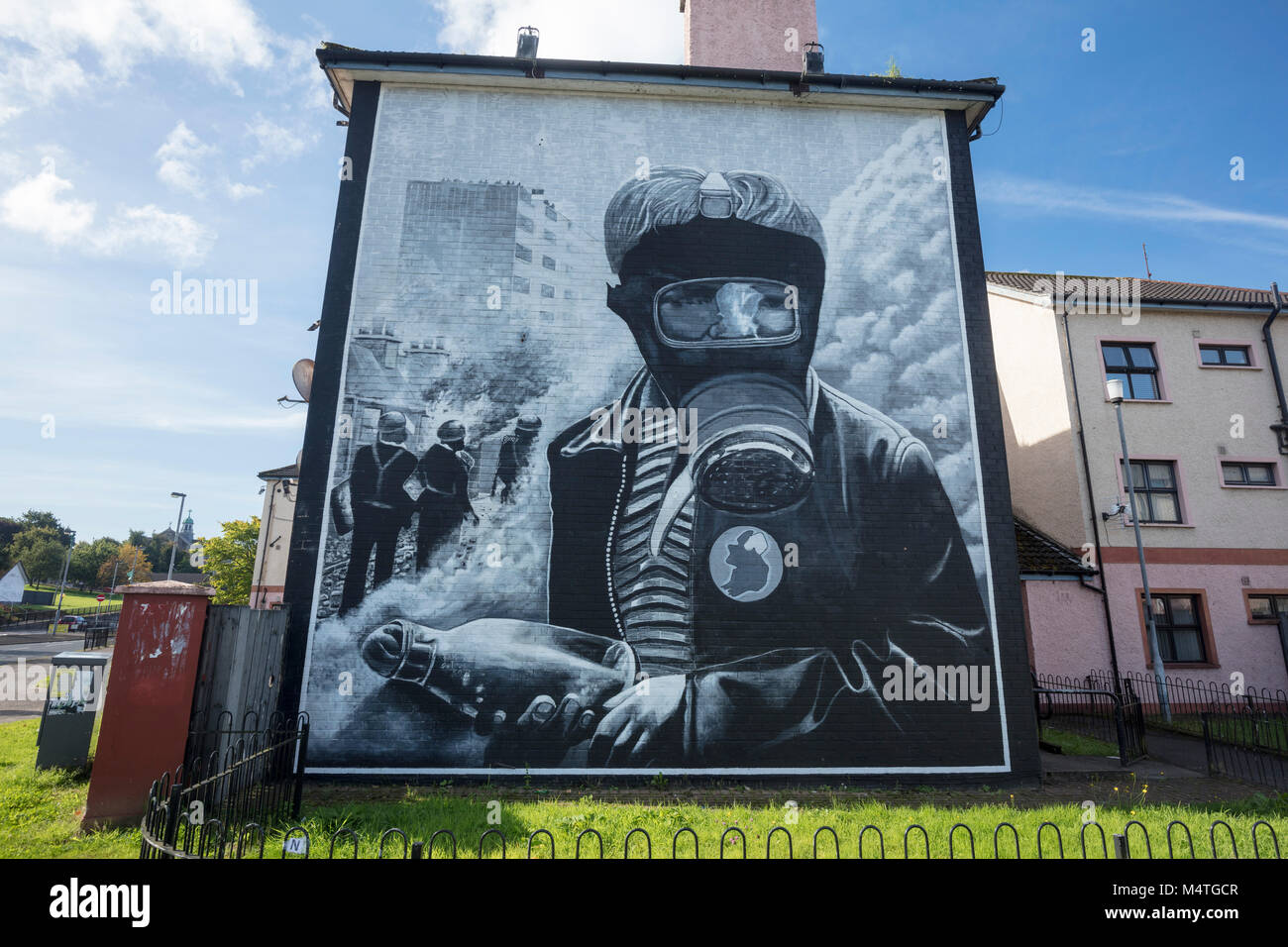 Republican mural of a petrol bomber, Bogside, Derry city, County Derry, Northern Ireland. Stock Photo