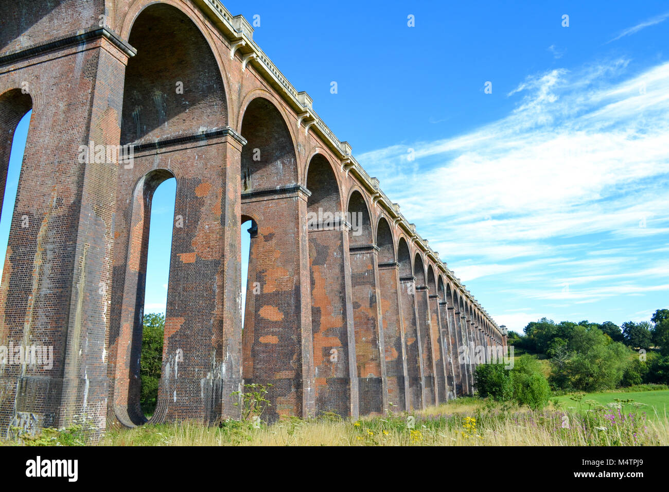 Railway bridge, Sussex, UK - Stock Image
