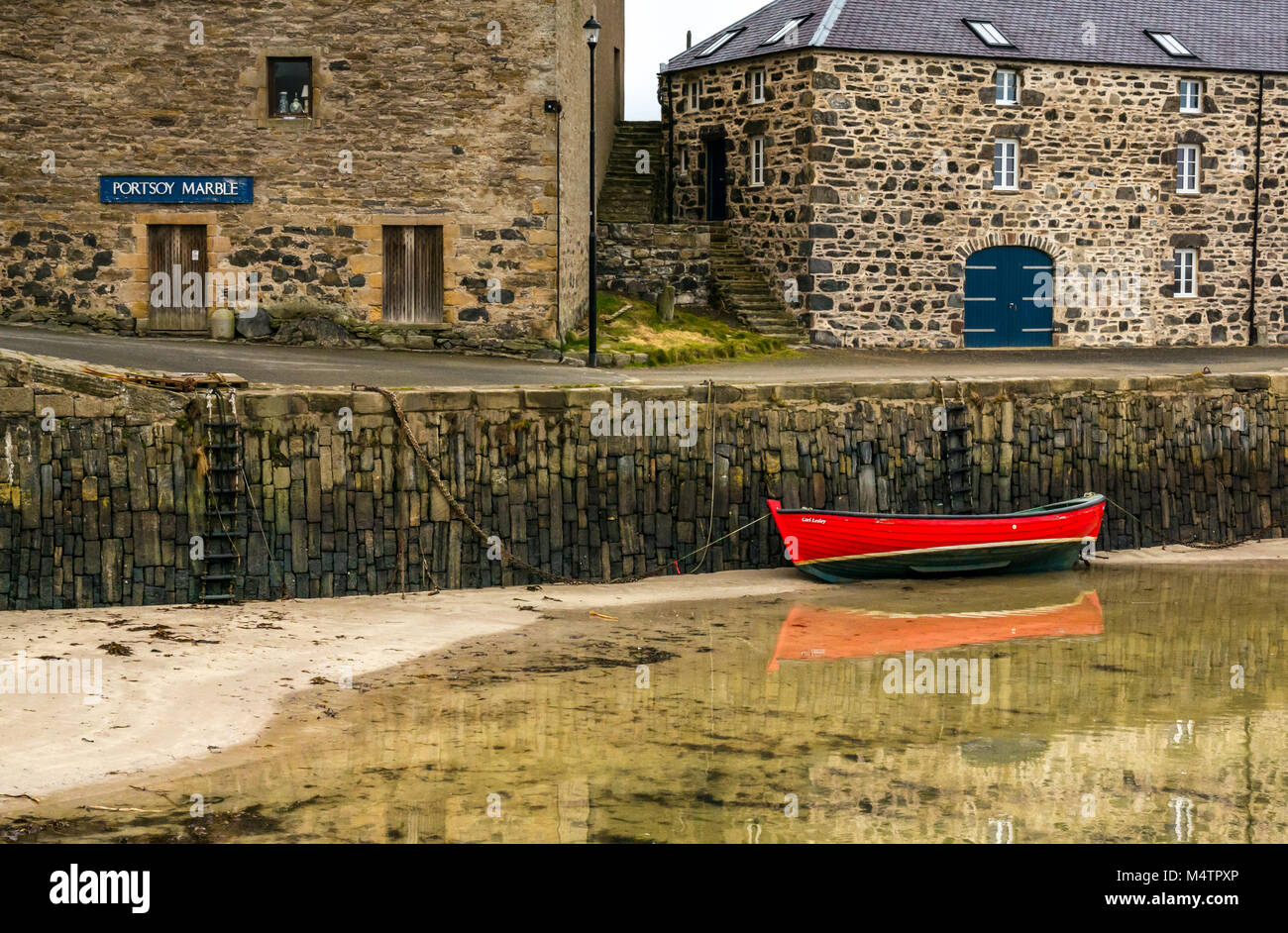 Rowing Boat Water Scotland Stock Photos & Rowing Boat Water Scotland ...