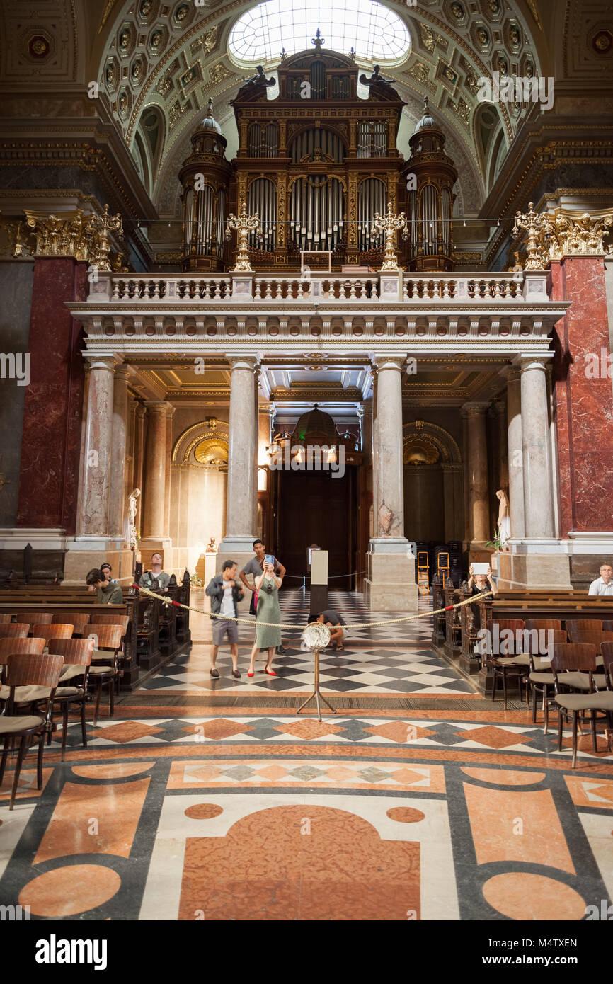 Hungary, Budapest, pipe organ above the entrance of St. Stephen's Basilica (Szent István-bazilika) - Stock Image
