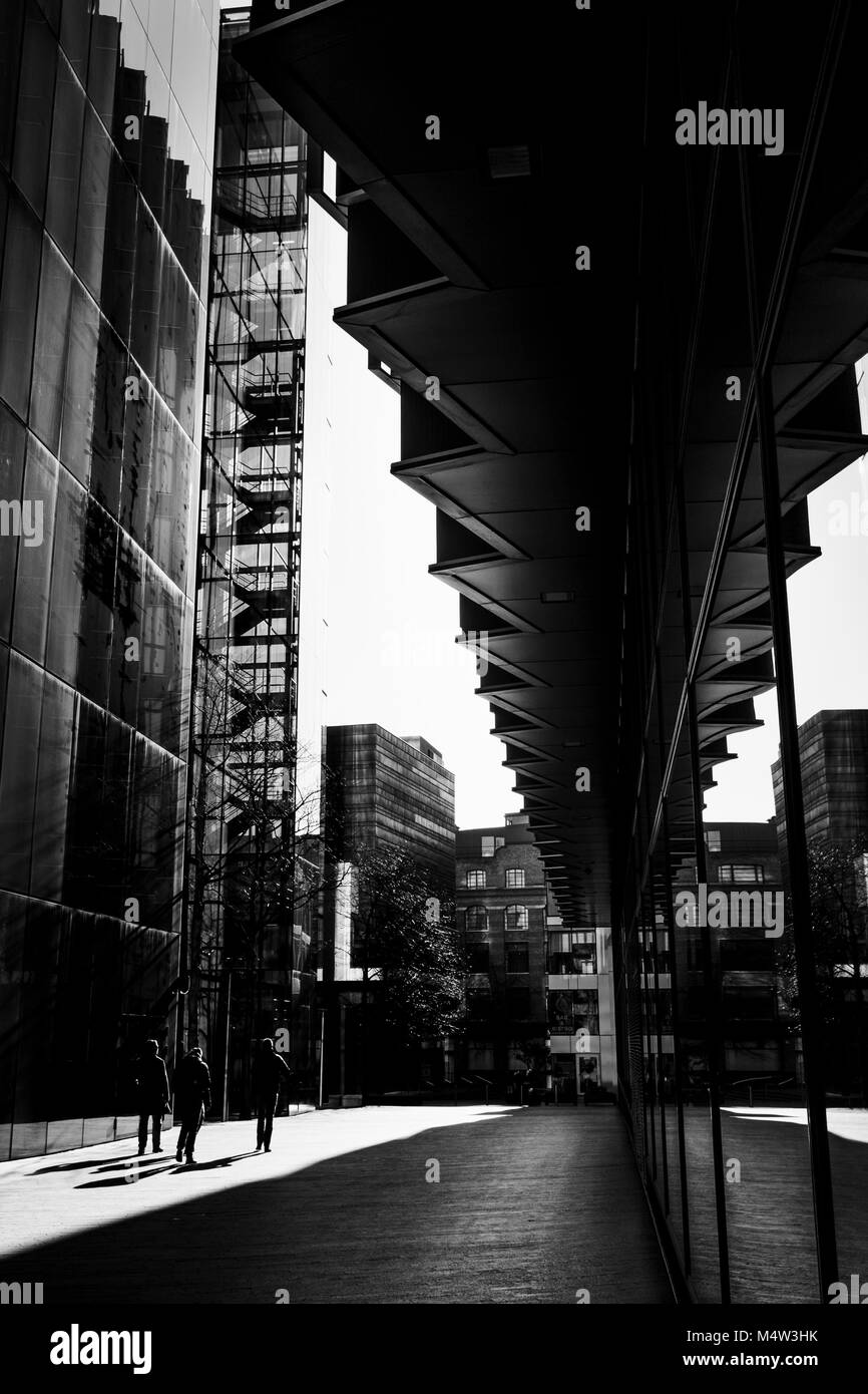 London black and white urban photography high contrast architecture