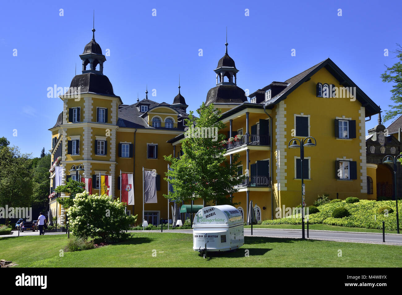 Hotel castle in Velden at Worthersee - Stock Image