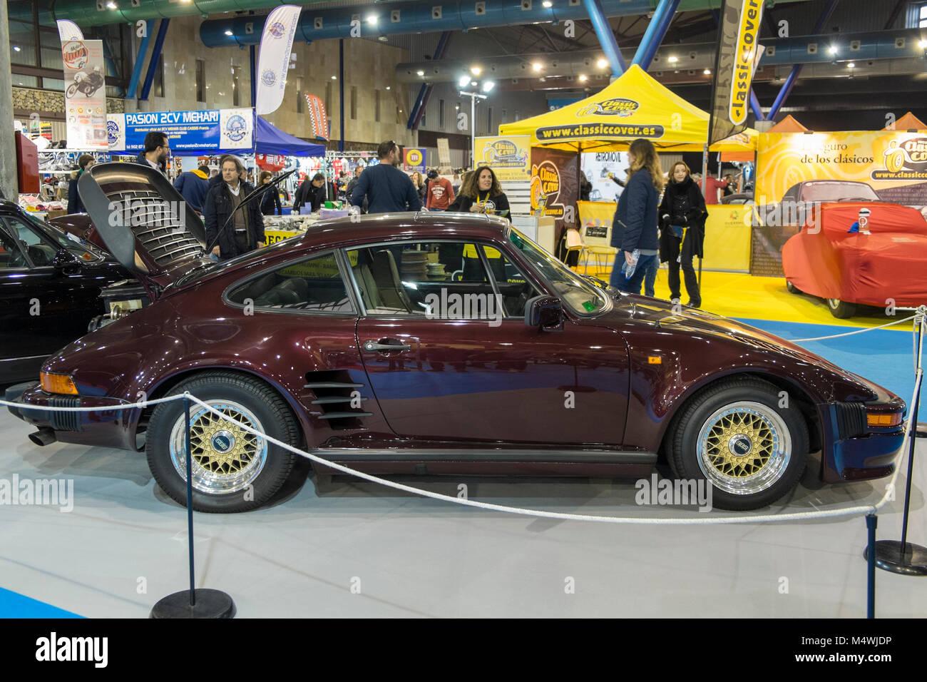Porsche 911 (930) Flatnose, Retro Málaga 2018. Spain. - Stock Image