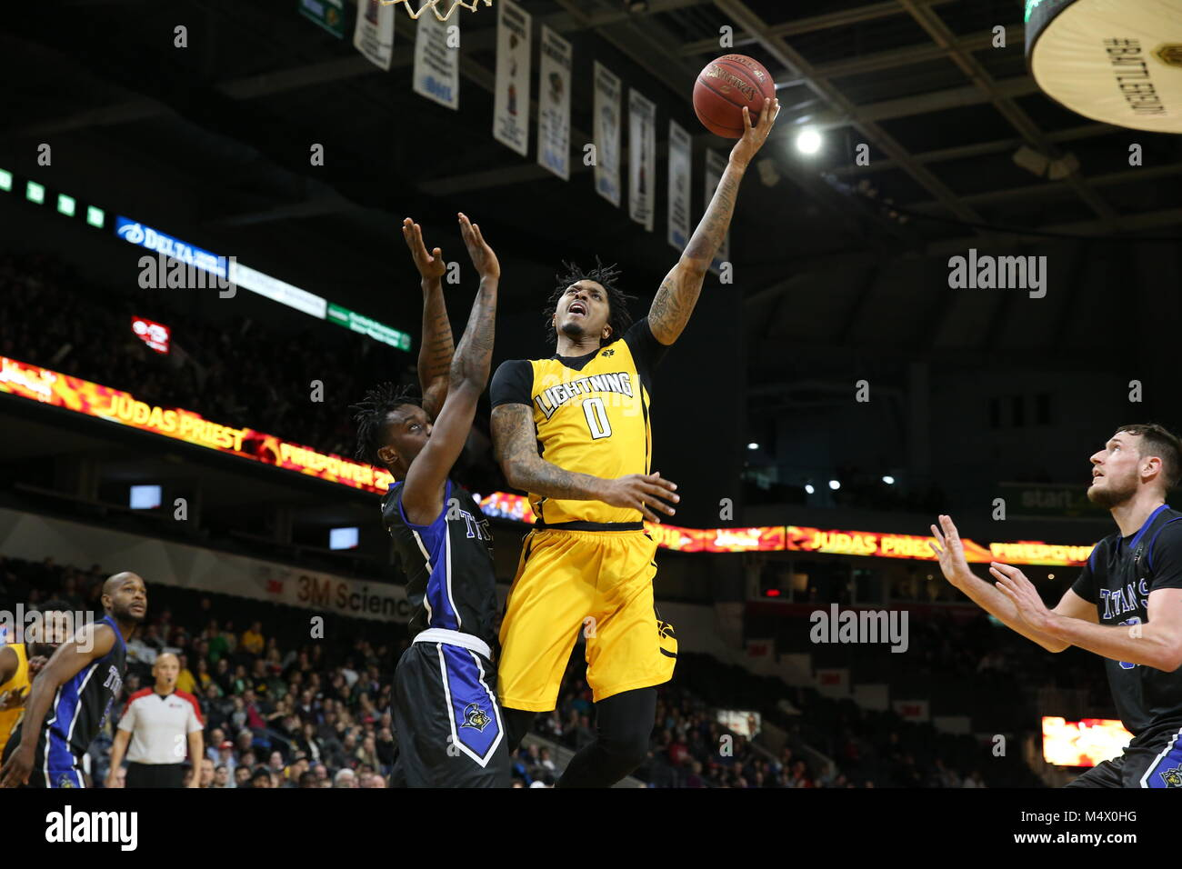 London Ontario, Canada. 18th Feb, 2018. The London Lightning and the KW Titans played a very close game all the - Stock Image