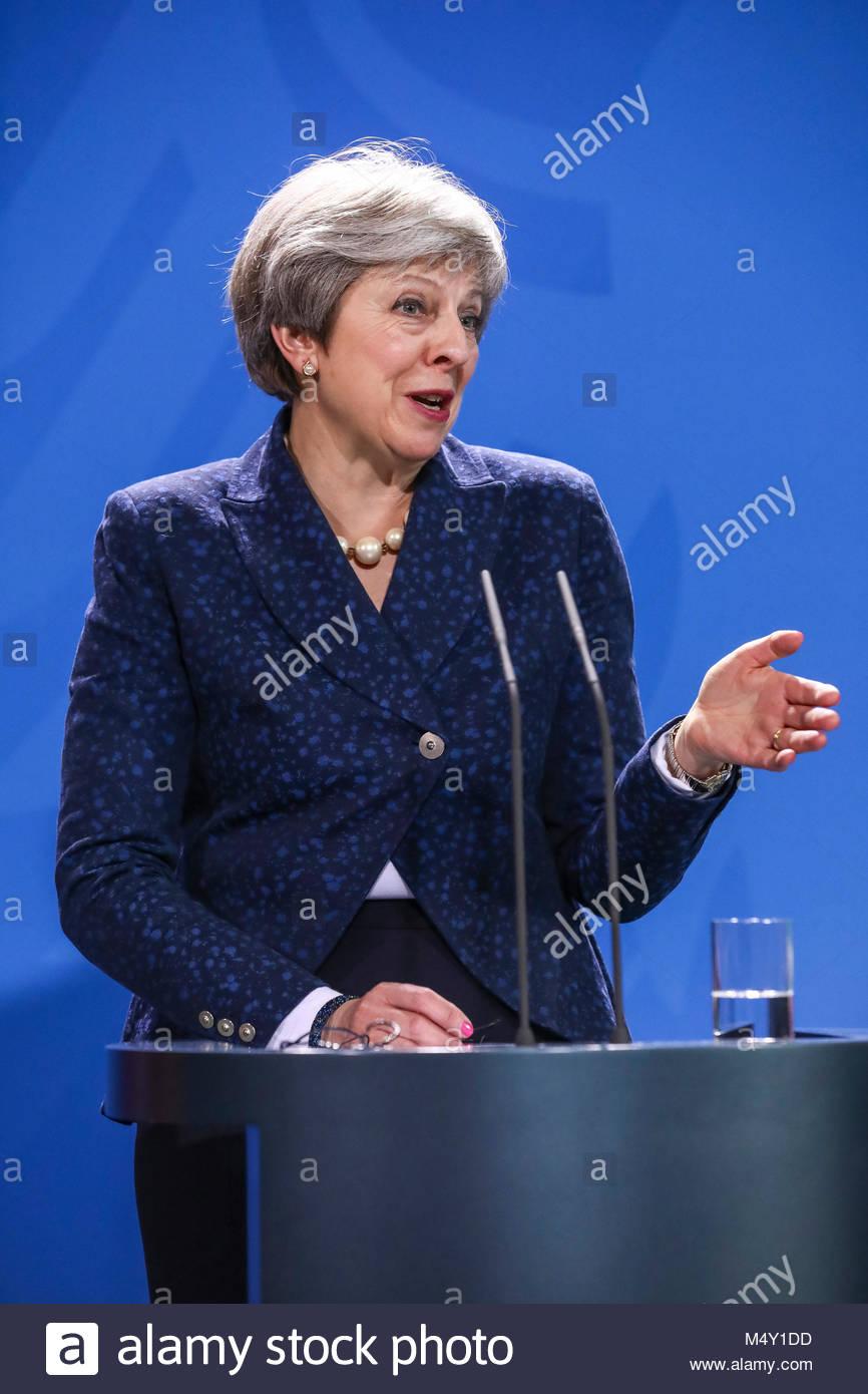 16.02.2018, die Britische Premierministerin Theresa May bei ihrem Besuch am Rednerpult. Pressekonferenz im Bundeskanzleramt - Stock Image
