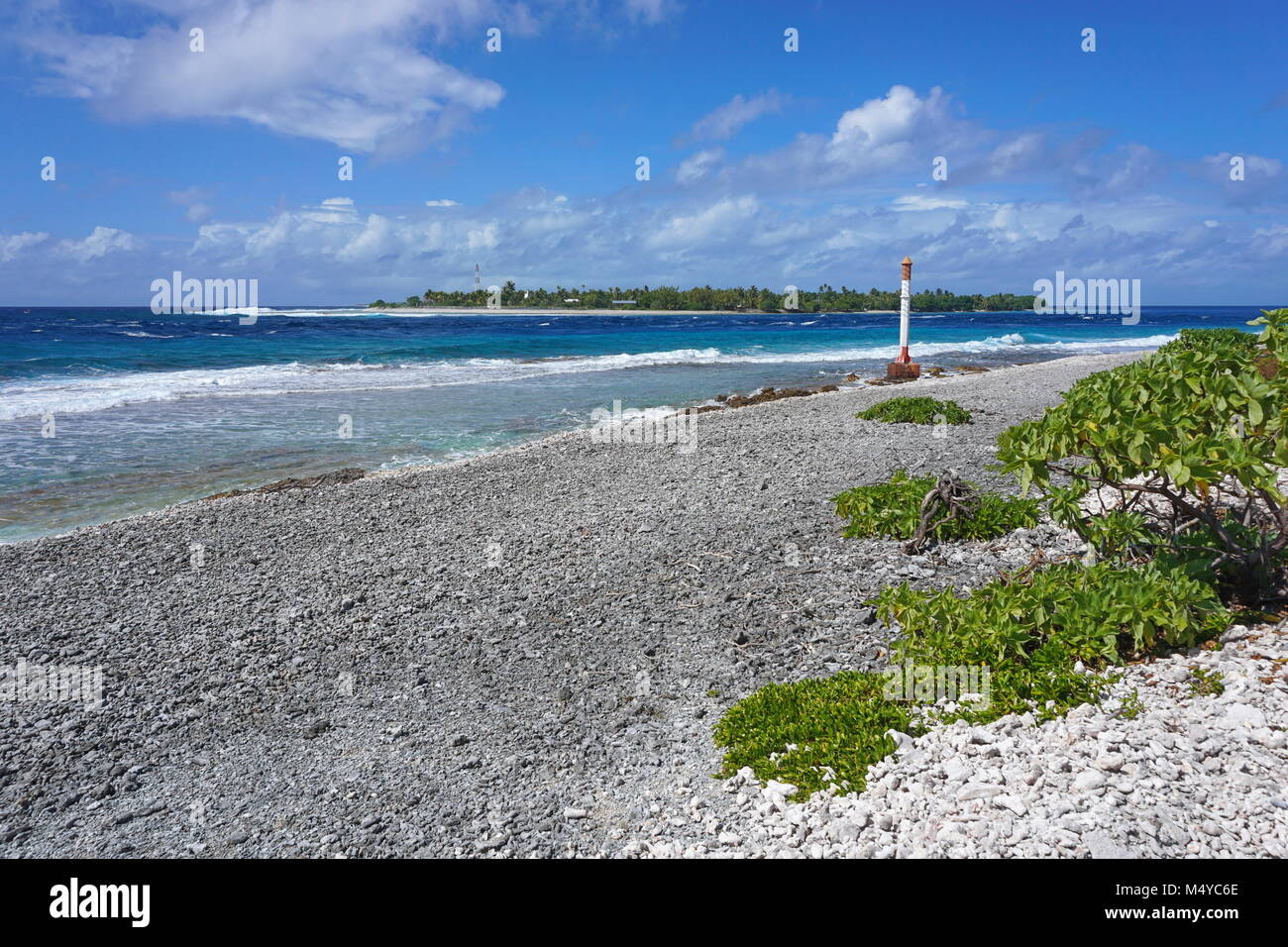 French Polynesia, atoll of Rangiroa the Tiputa channel, Tuamotus, south Pacific ocean - Stock Image