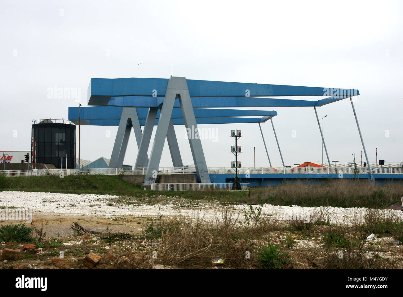 Clough road,Ferry Lane, Stoneferry Bridges, and control tower, twin lift road bridges over the river Hull, kingston - Stock Image