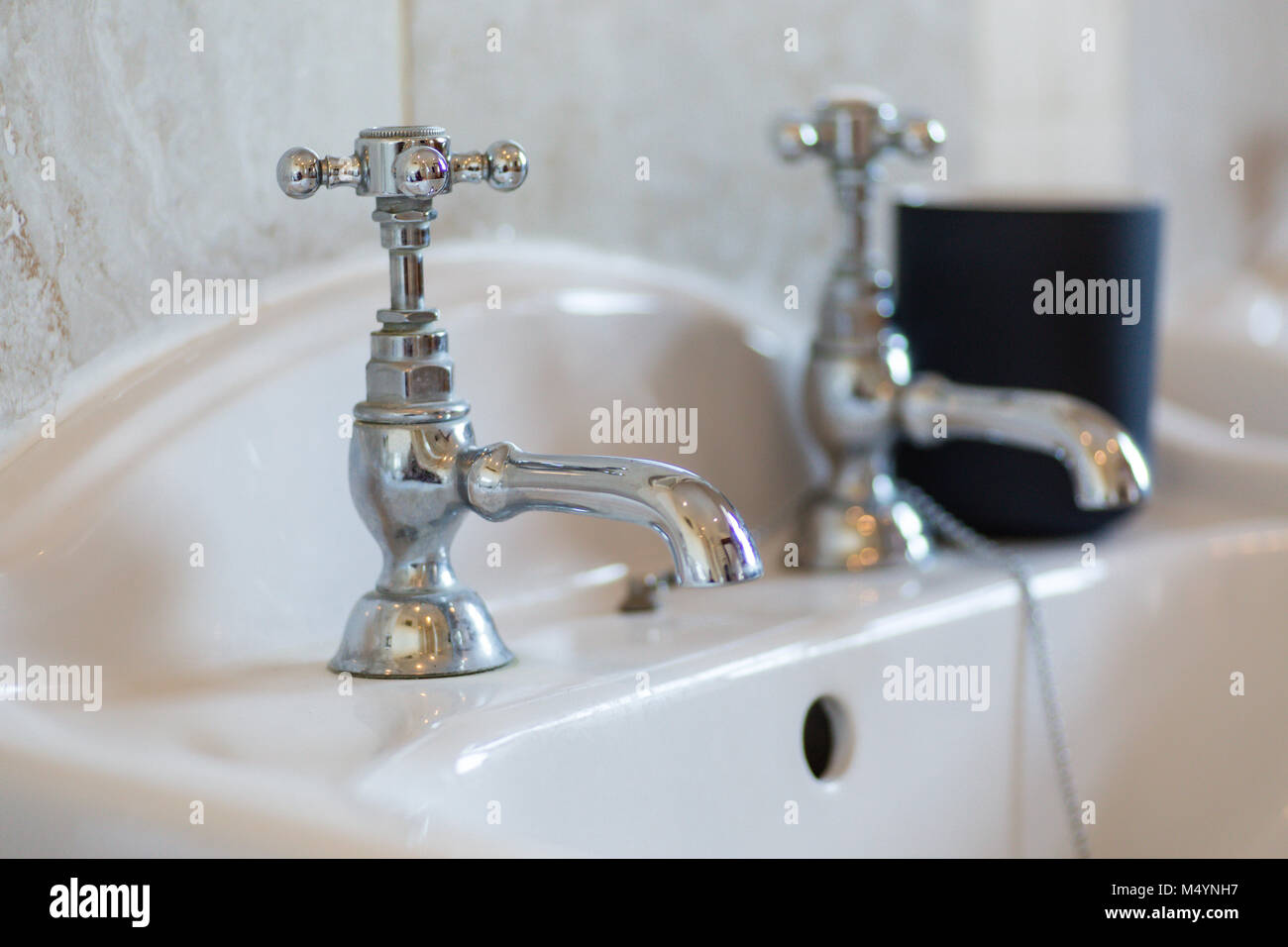 Antique Taps Stock Photos & Antique Taps Stock Images - Alamy