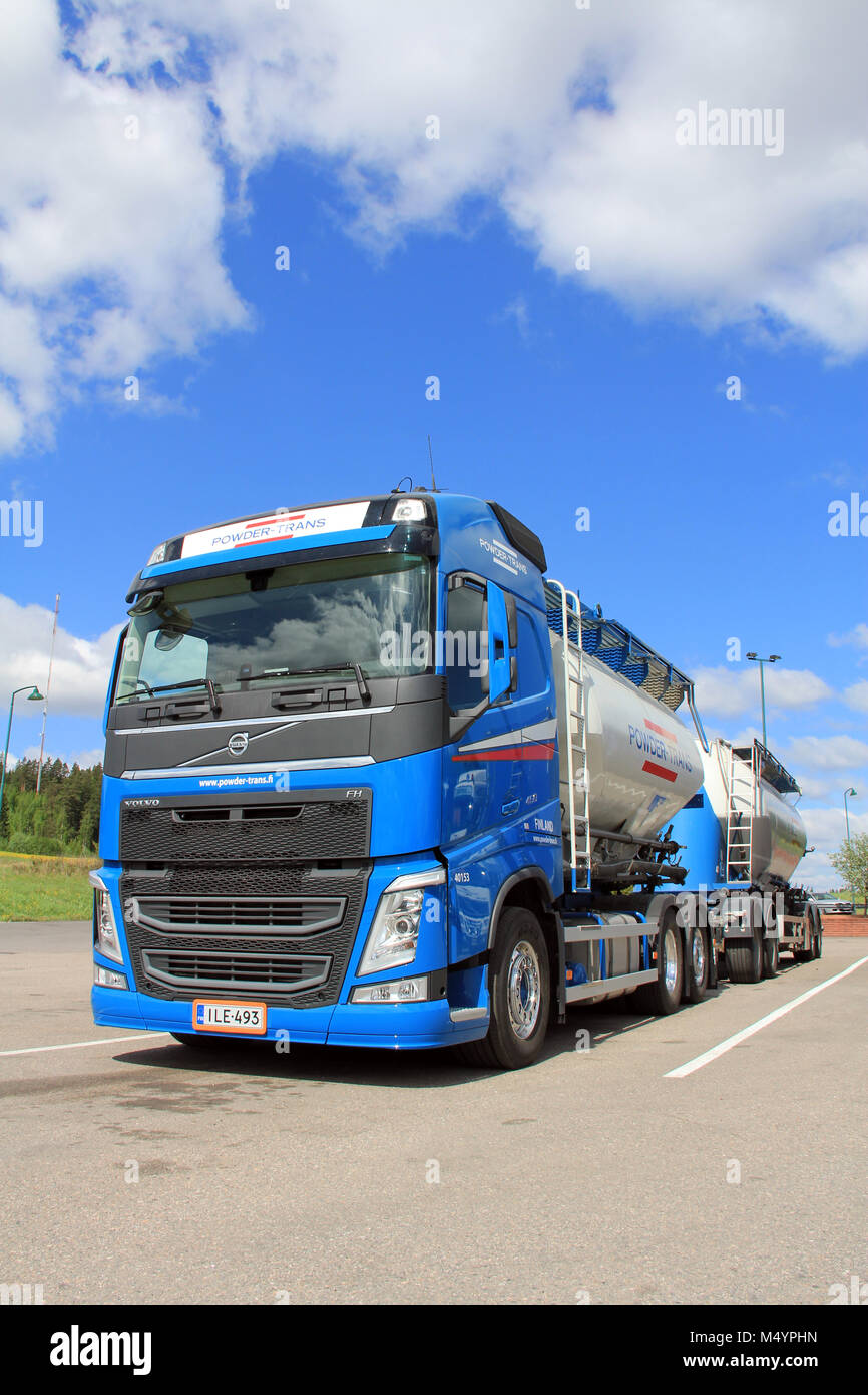 SALO, FINLAND - MAY 26, 13: Volvo FH 450 Bulk transport truckin Salo, Finland on May 26, 13. According to Volvo - Stock Image