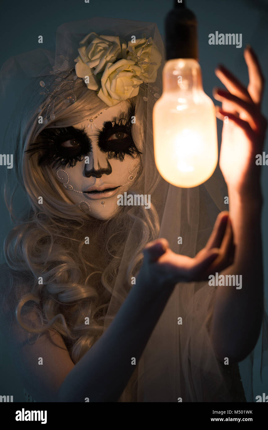Death Mask Of Woman Stock Photos & Death Mask Of Woman Stock Images