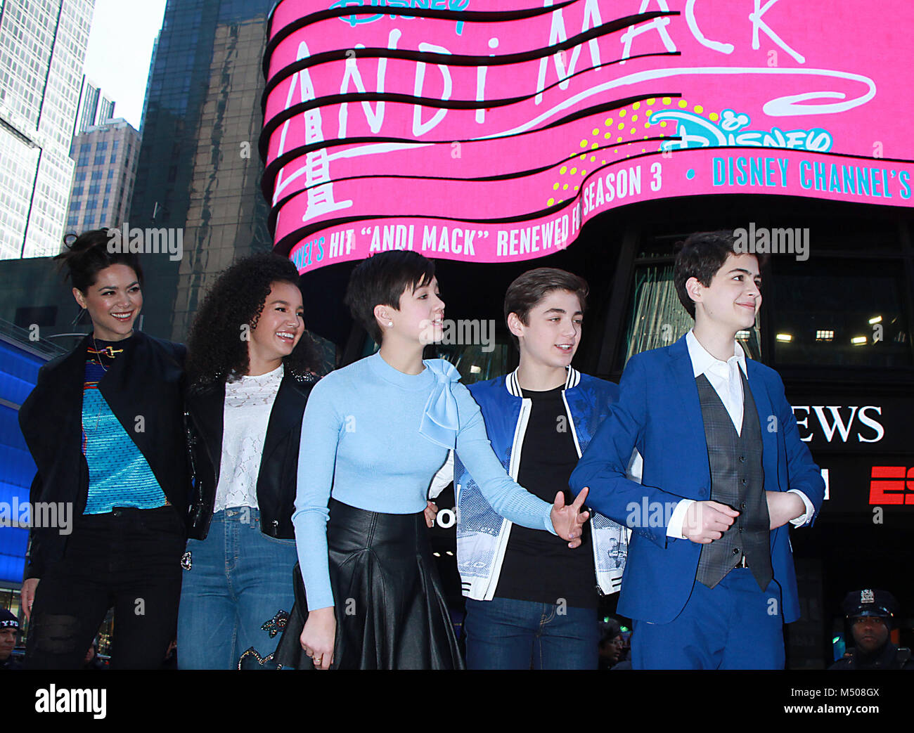 New York, USA. 19th February, 2018. Lilan Bowden. Sofia Wylie, Peyton Elizabeth Lee, Asher Angel Joshua Rush at - Stock Image