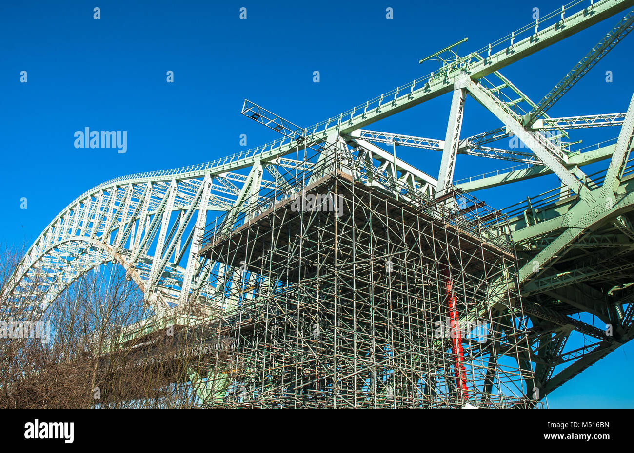 "Silver Jubilee Bridge, ""Runcorn-Widnes Bridge"" or Runcorn Bridge undergoing structural work in 2010, Cheshire, Uk. Stock Photo"