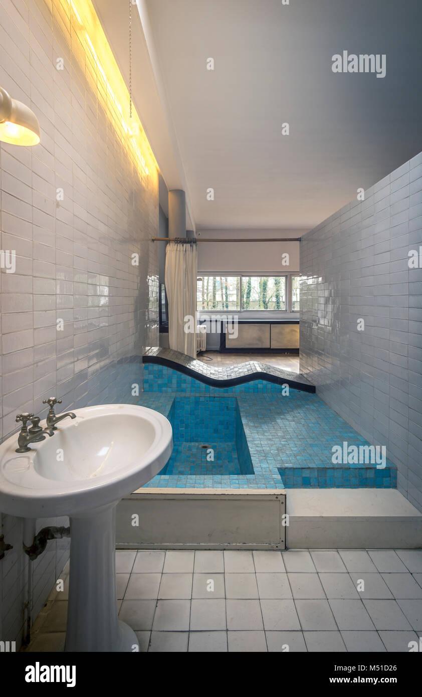 Villa Savoye, Le Corbusier Stock Photo: 175209166 - Alamy