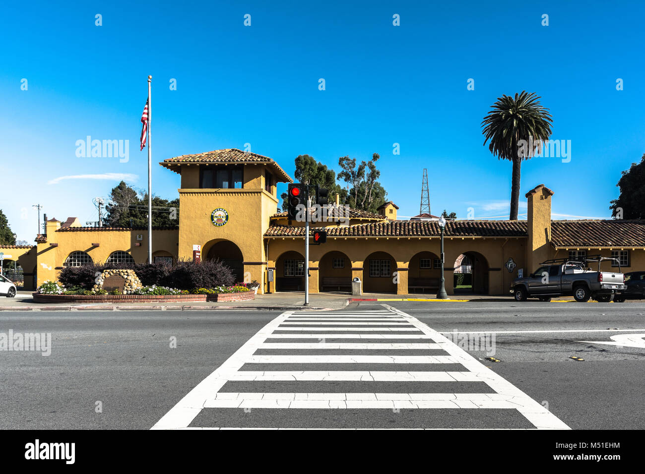 Burlingame,California,USA - December 10, 2017 : View of the Burlingame Caltrain Station - Stock Image