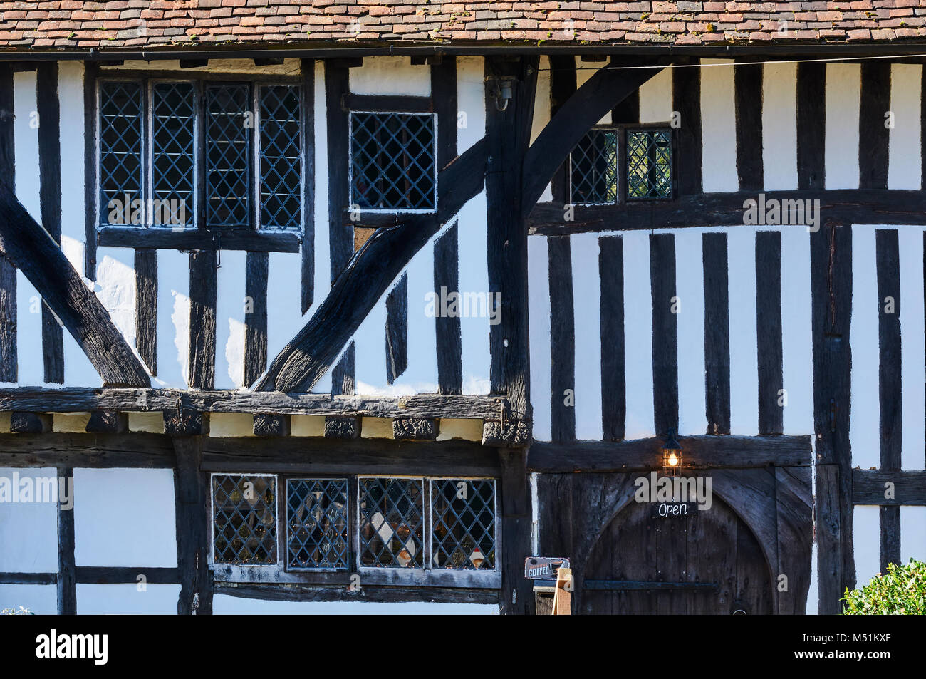 The historic Pilgrim's Rest medieval hall house frontage at Battle, East Sussex, UK - Stock Image