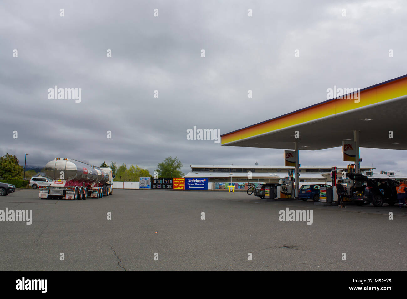 Shell Gasoline Stock Photos & Shell Gasoline Stock Images