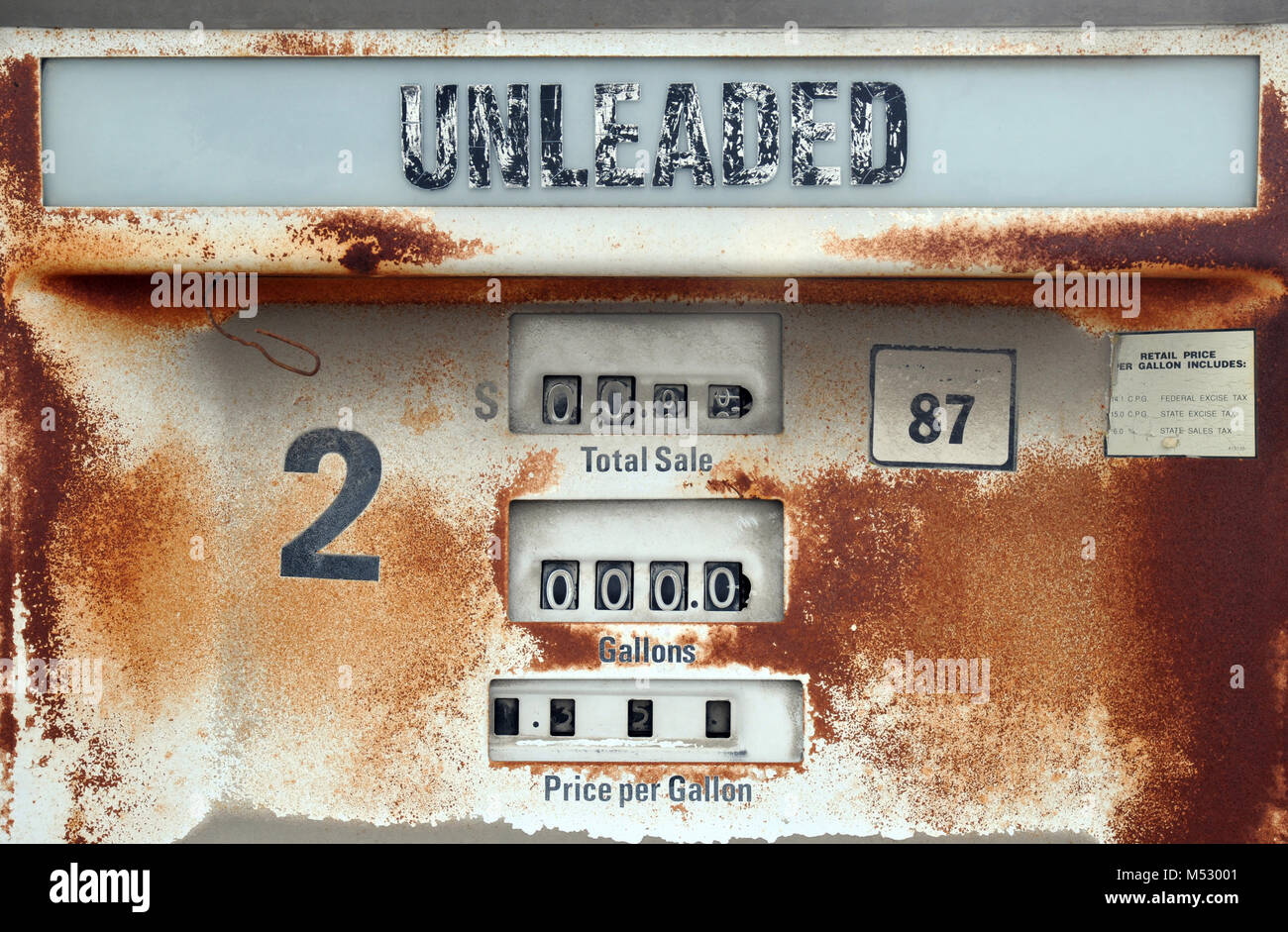 A rusty gas pump along old Route 66 in the southwestern United States. - Stock Image