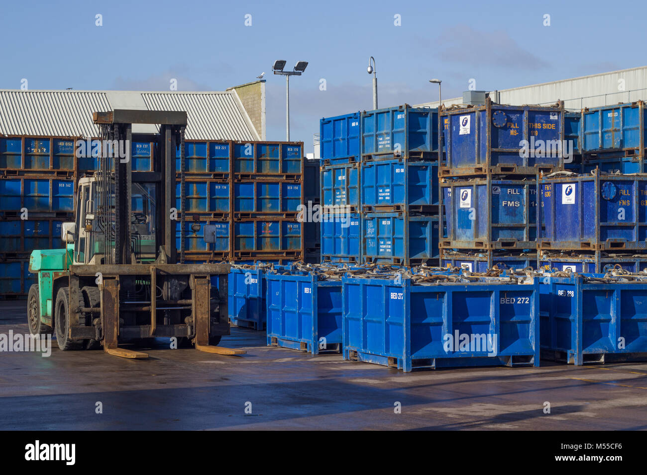 Square containers and forklift in Aberdeen industrial port - Stock Image & Aberdeen Oil Gas Storage Stock Photos u0026 Aberdeen Oil Gas Storage ...