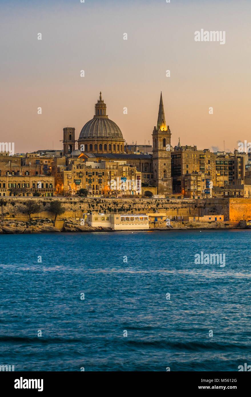 Sunset view of Valletta, the capital of Malta - Stock Image