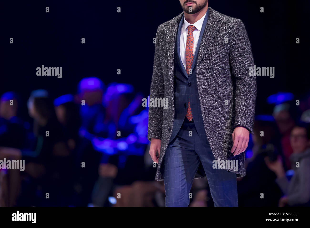 Fashion catwalk runway show models - Stock Image