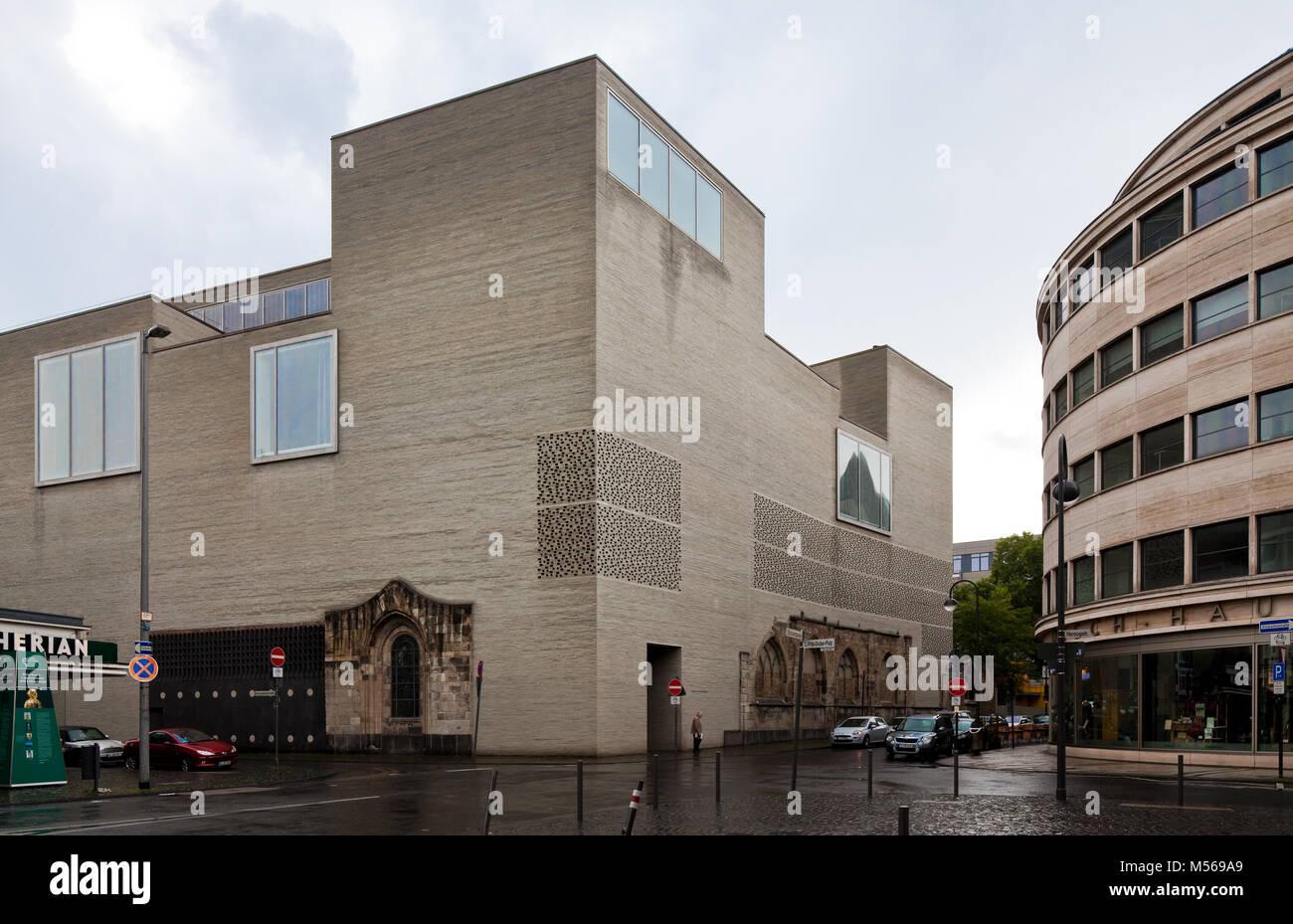 Köln Kunstmuseum KOLUMBA Erbaut 1997-2007 unter Einbeziehung von Resten der Kirche St Kolumba Architekt Peter - Stock Image