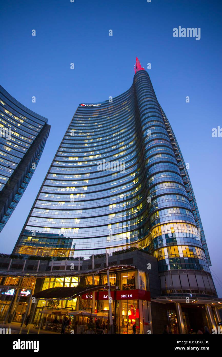 Milan, December 24, 2015 -  Iconic skyscraper 'Unicredit Tower'in the modern area of Milan near Garibaldi - Stock Image