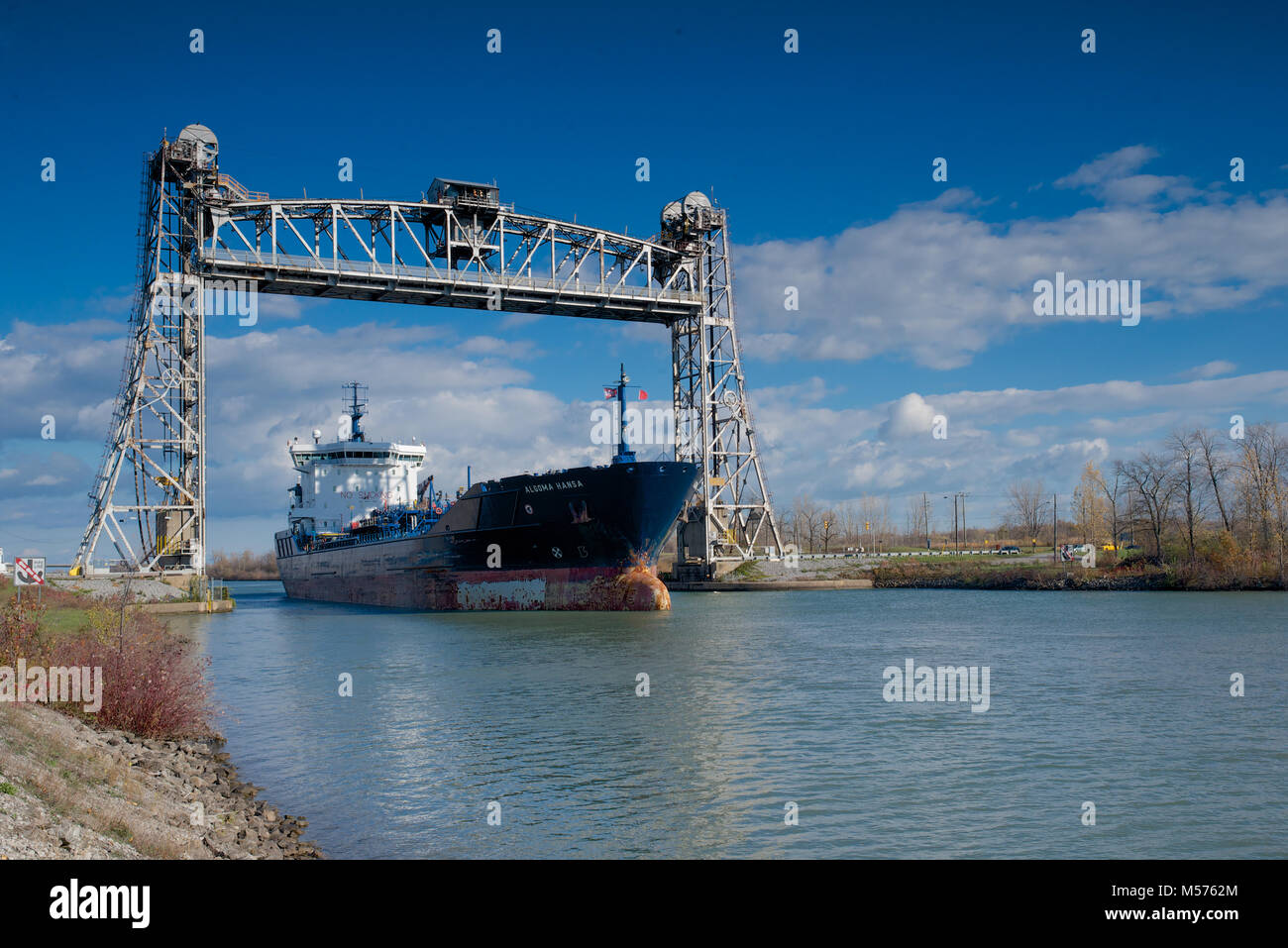 The Algoma Hansa oil/chemical tanker passing through the Welland Canal - Stock Image