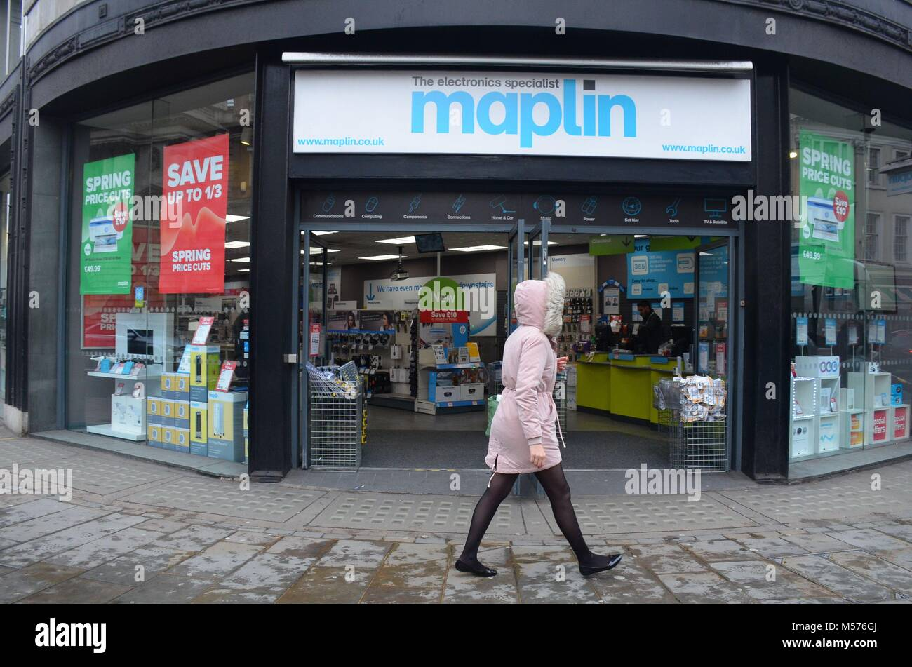 London, UK, 20 February 2018 Maplin branch on the Strand/Lancaster Place remains open despite threat of bankruptcy. - Stock Image