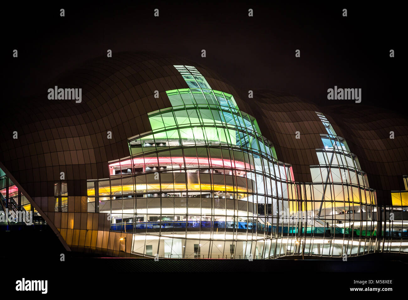 The Sage building on the Newcastle upon Tyne Quayside at night. - Stock Image