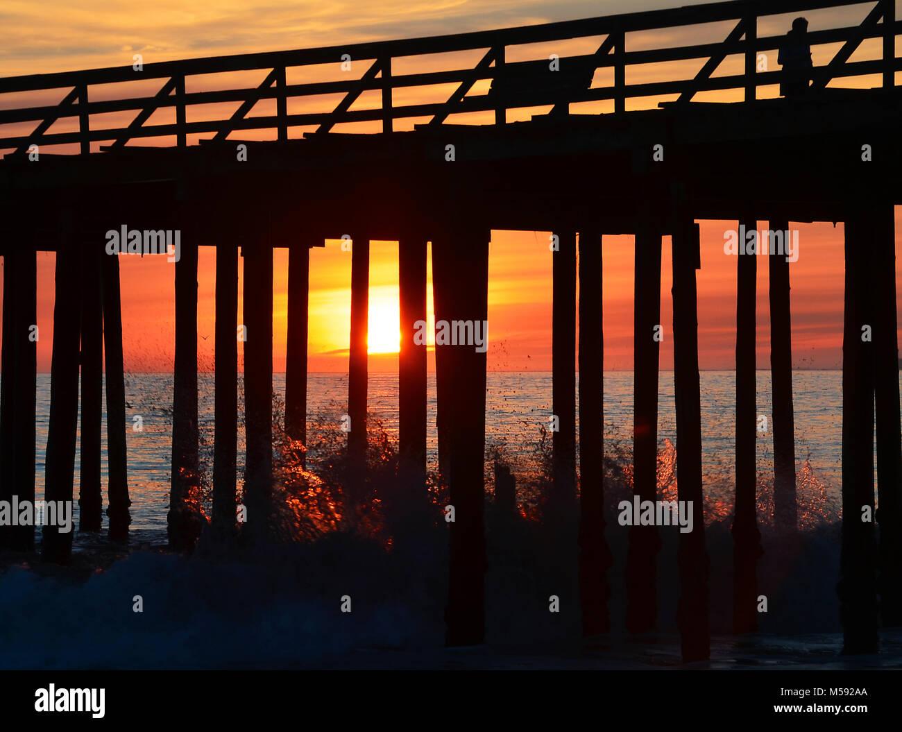 Sunset at Seacliff Beach in Aptos, California - Stock Image