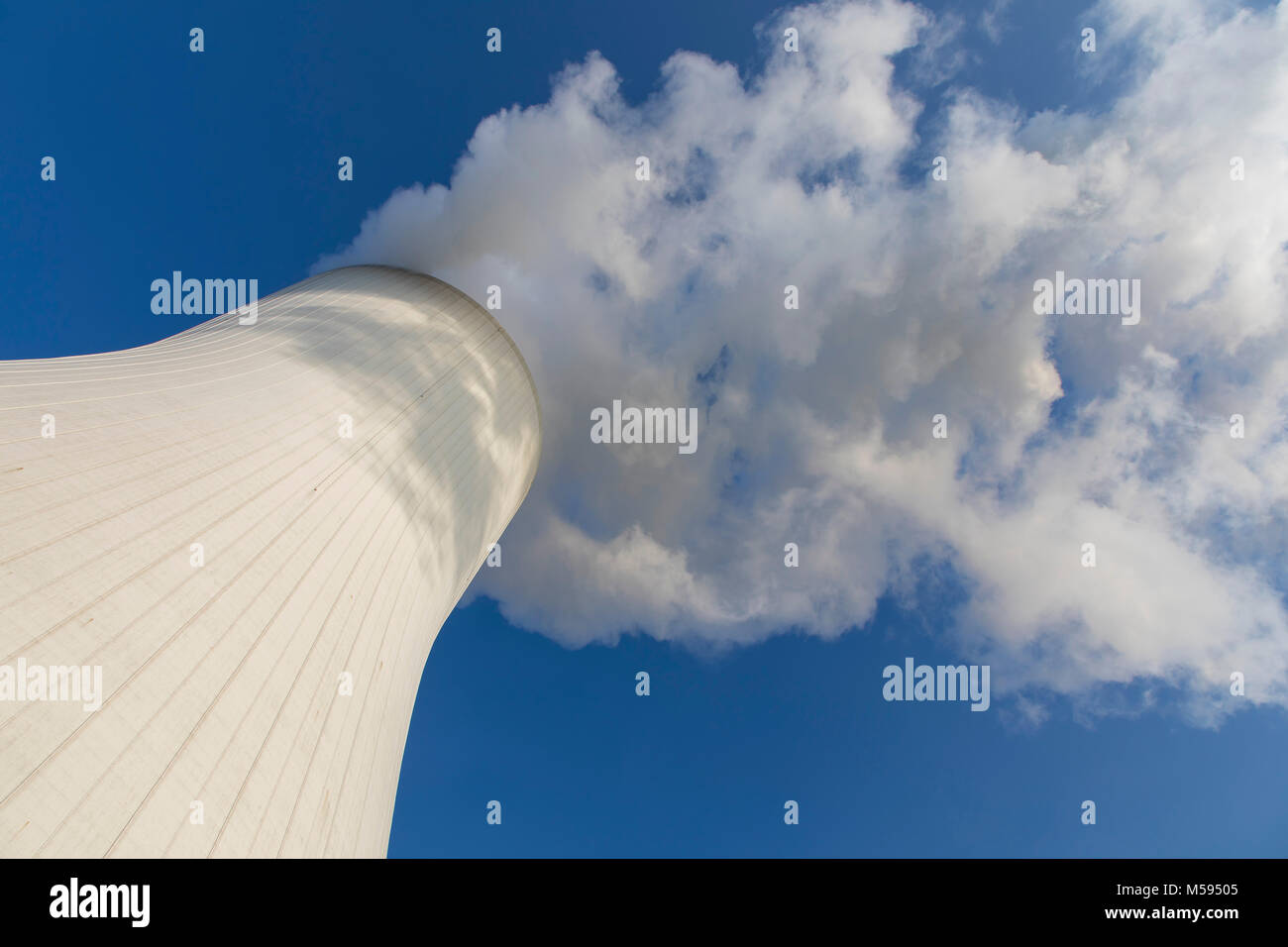 Cooling tower of the coal power plant Duisburg-Walsum, operated by STEAG and EVN AG, 181 meters high, water vapor - Stock Image
