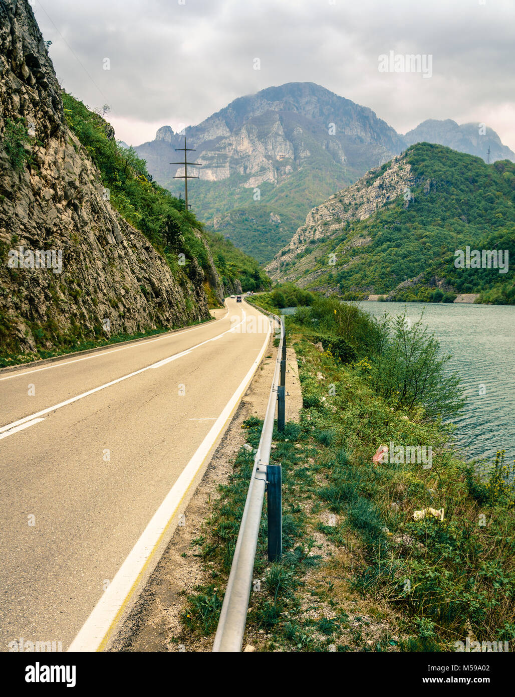 Highway through the mountains along the Neretva River in Bosnia-Herzegovina - Stock Image
