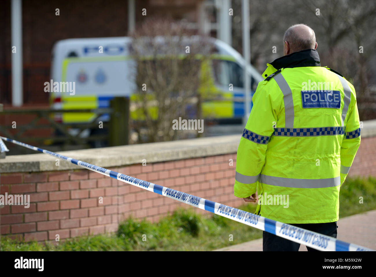 Lewes, East Sussex. 21st February 2018. Police cordon outside Tesco superstore in Lewes, East Sussex after an armed - Stock Image