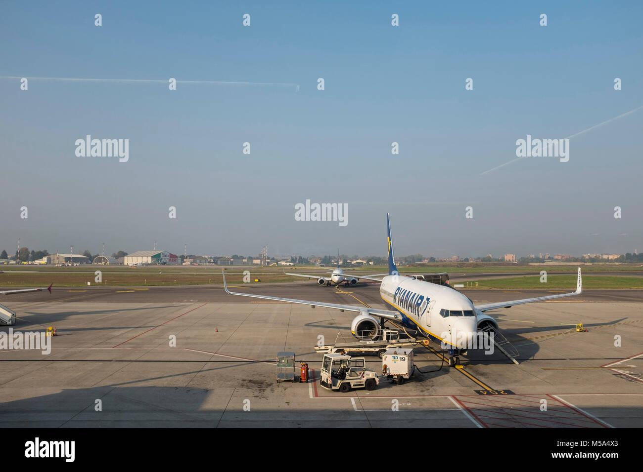 Aeroporto Orio : File neve aeroporto orio al serio bgy g wikimedia commons