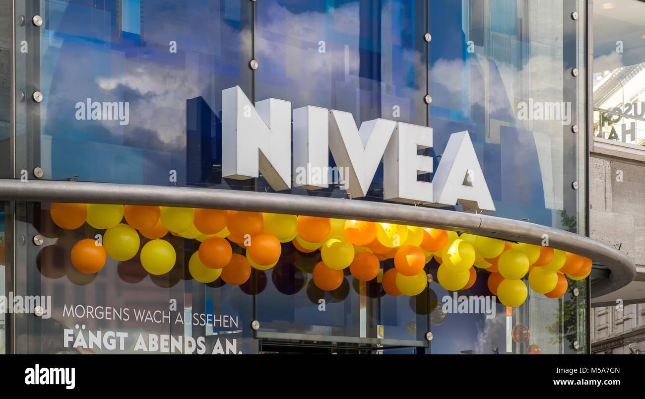 Nivea Haus (Nivea Flagship store) sign logo, Hamburg, Germany - Stock Image