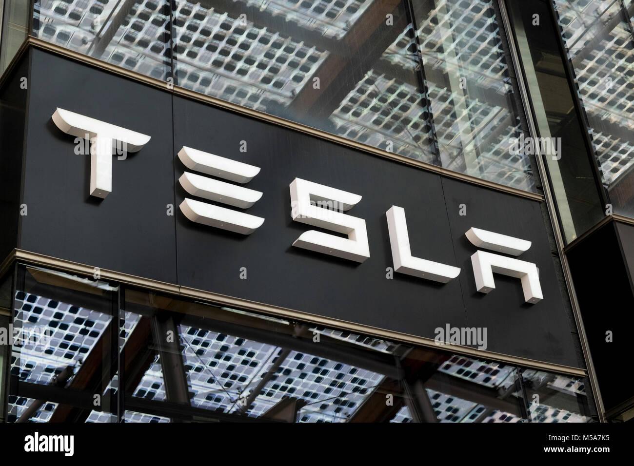 Tesla showroom sign logo - Stock Image