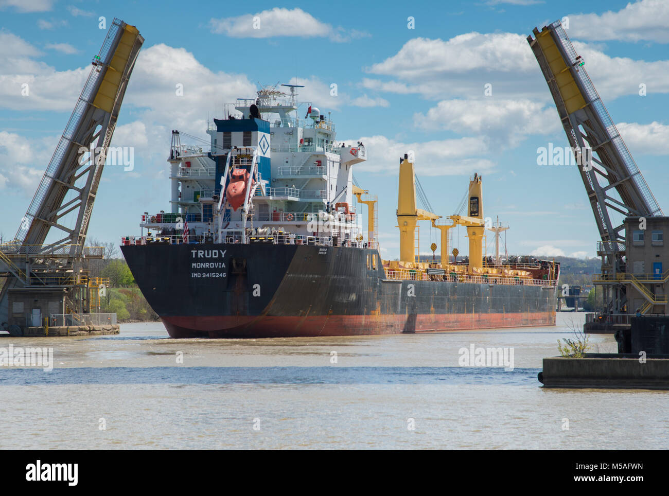 The Trudy General Cargo Ship passing through the Welland Canal - Stock Image