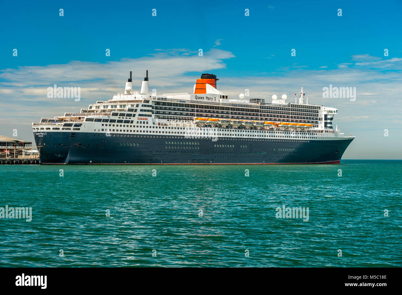 Melbourne, Australia - Queen Mary 2 cruise liner docked at Port Melbourne pier - Stock Image