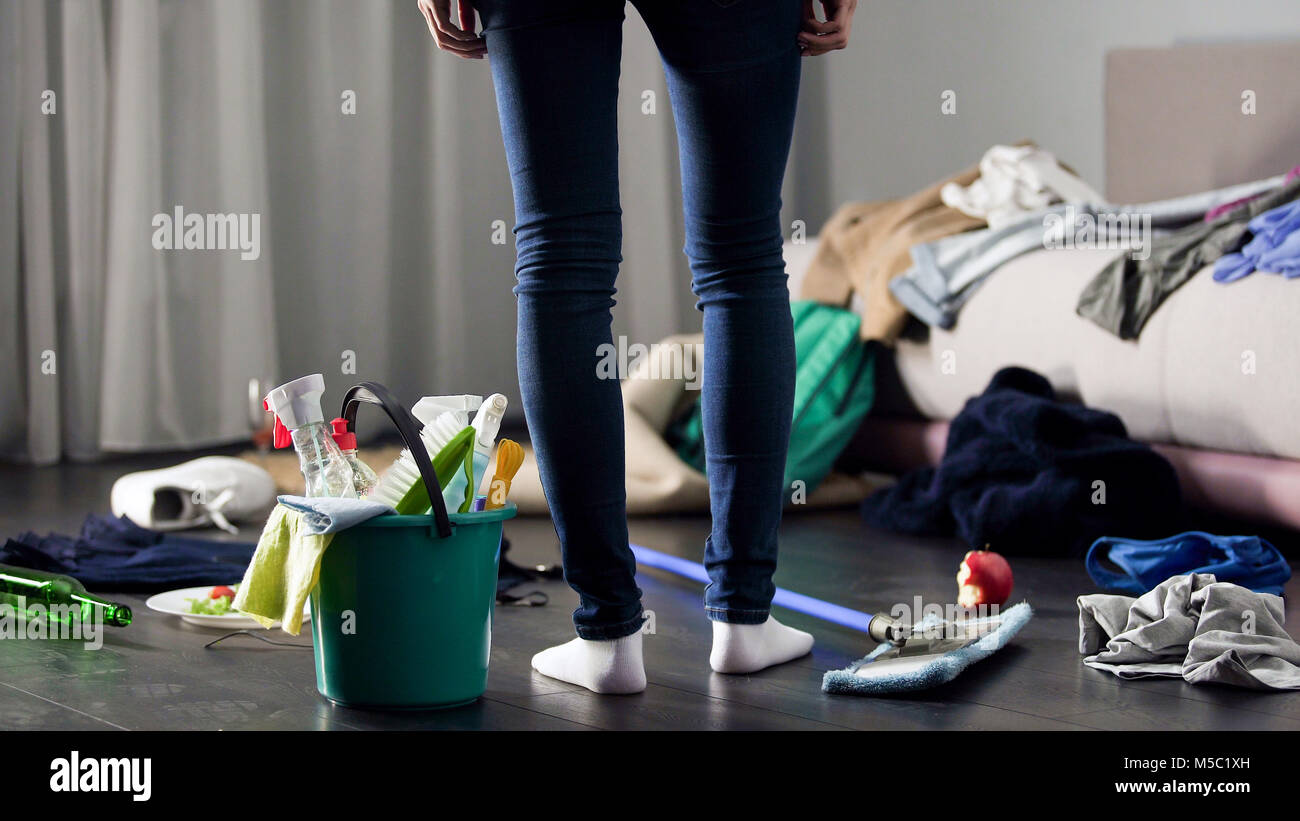 how to clean a very messy house