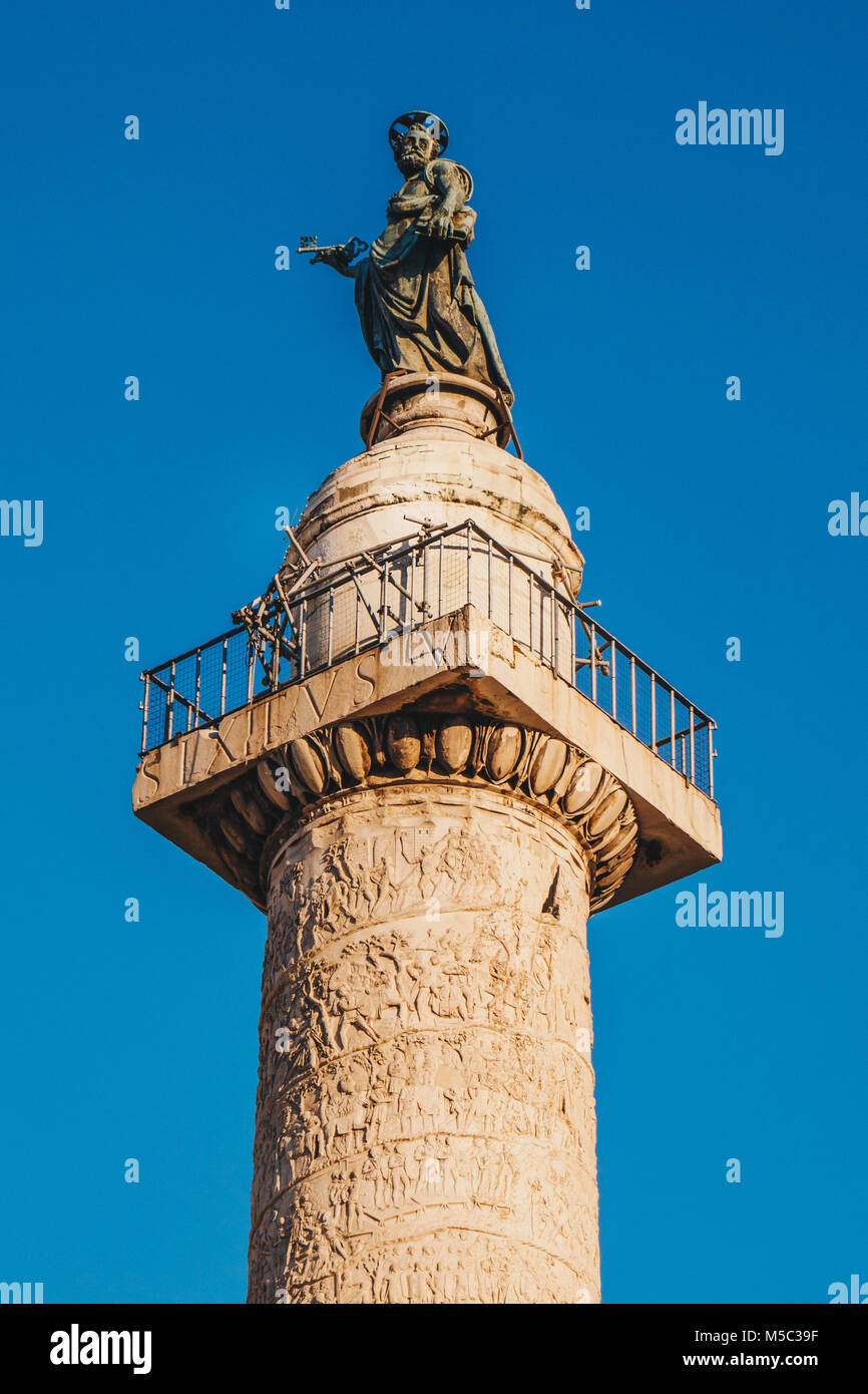 Trajan's Column (Colonna Traiana) in Rome, Italy. Commemorates Roman emperor Trajan's victory in the Dacian - Stock Image
