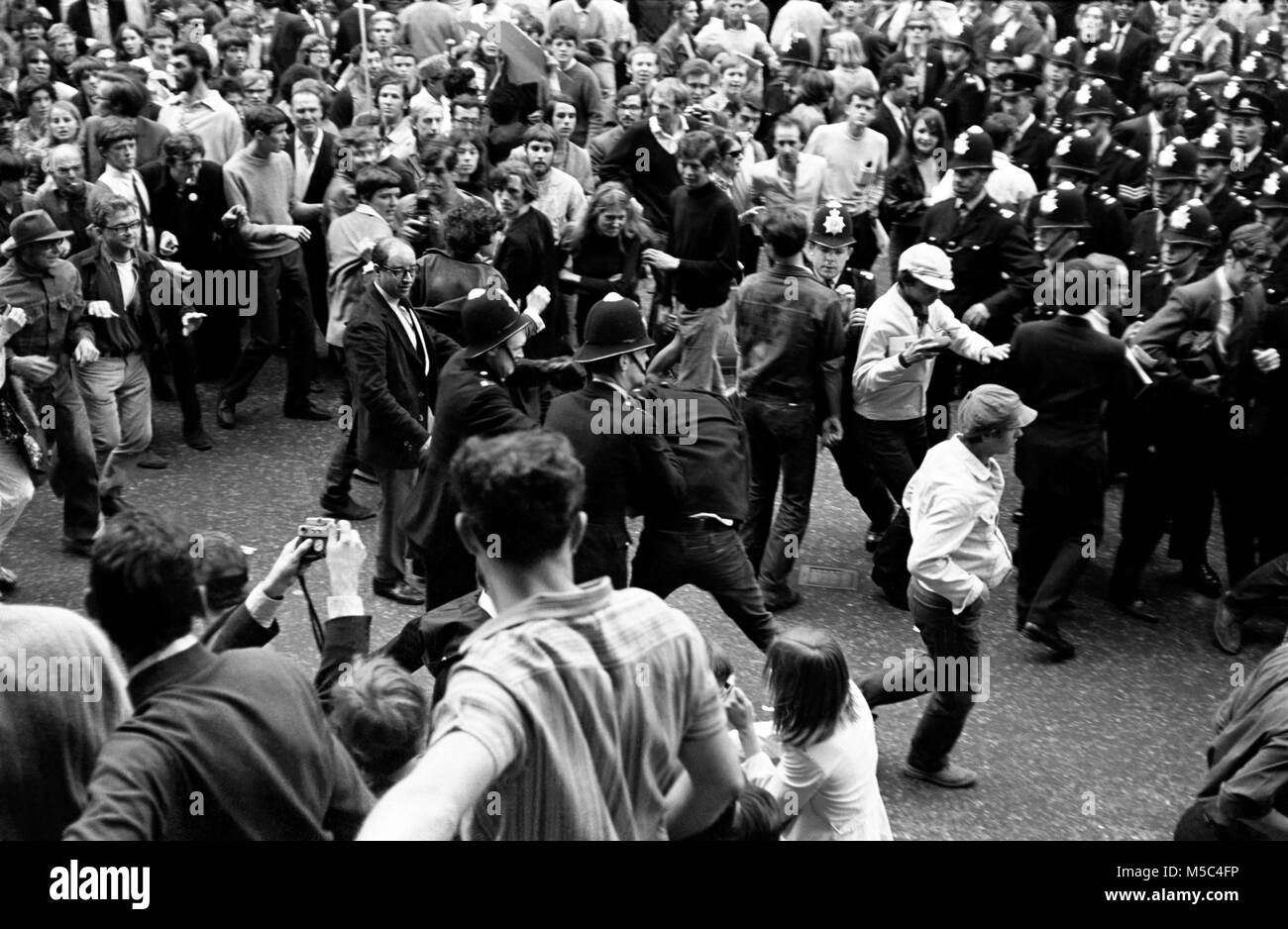 Anti-Vietnam war protest in London on 21 July 1968:  Demonstrators clash with police near the American Embassy in Stock Photo