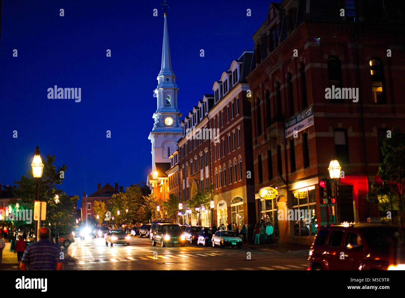 Downtown Portsmouth New Hampshire at night - Stock Image
