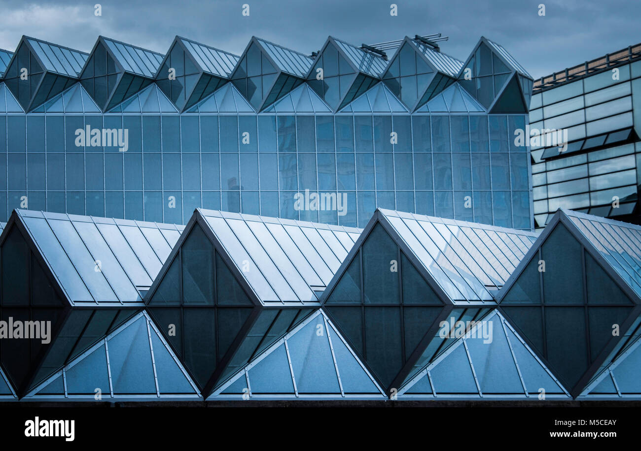 The rippling glass of the roof of the Engineering building at Leicester University, one of the most architecturally - Stock Image