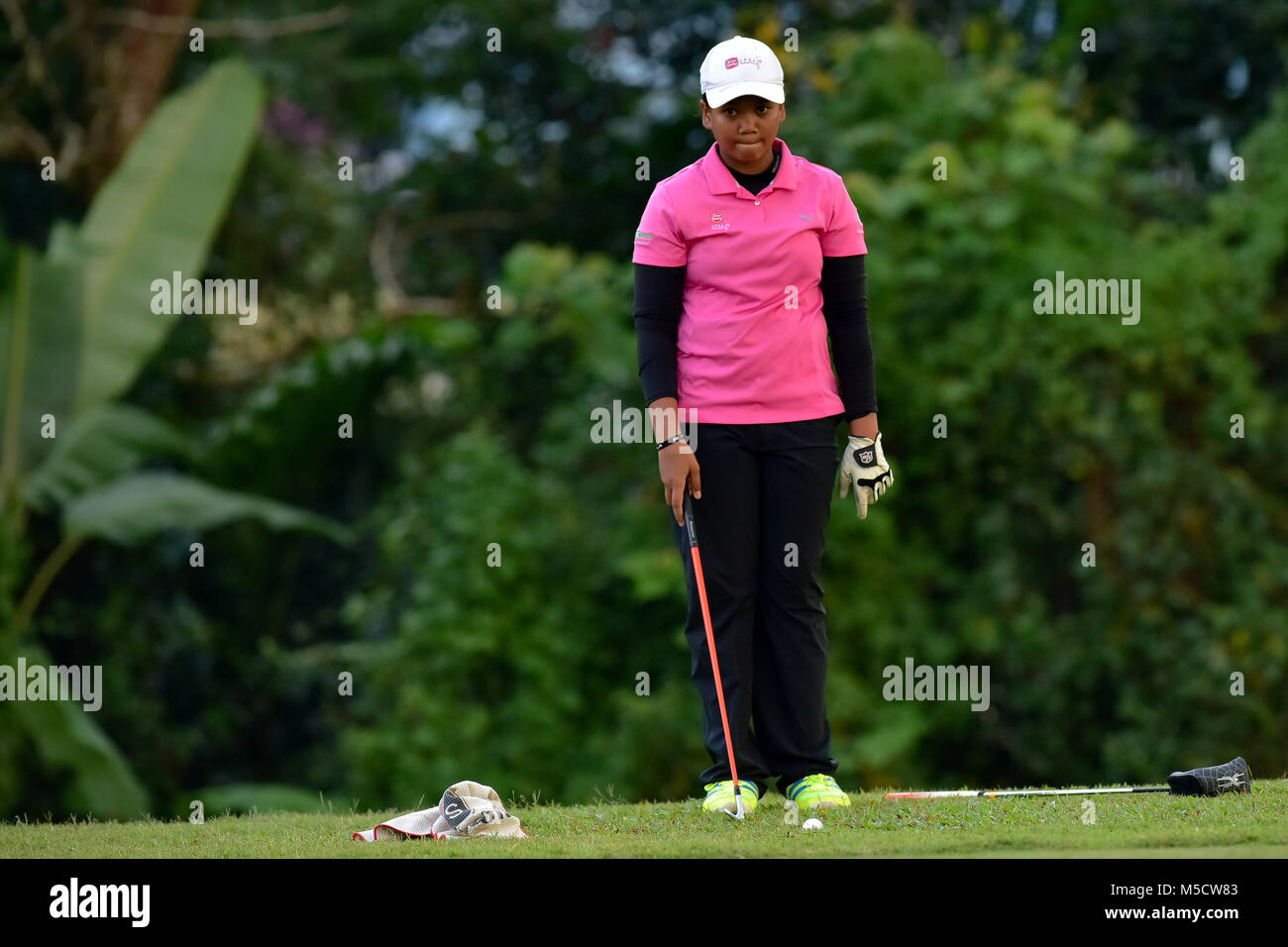 Danau, UKM Bangi - FEBRUARY 10: Zarith Sofea looks on from the 11th green during Round One of the Danau Junior Championship - Stock Image
