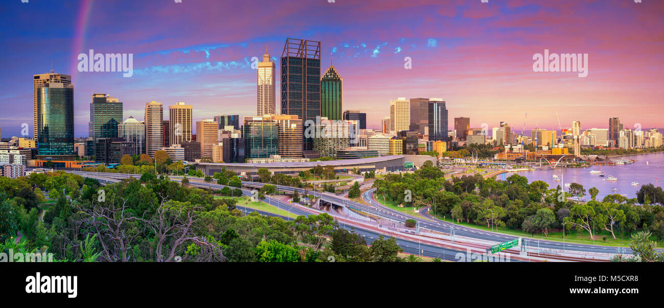 Perth. Panoramic cityscape image of Perth skyline, Australia during dramatic sunset. - Stock Image