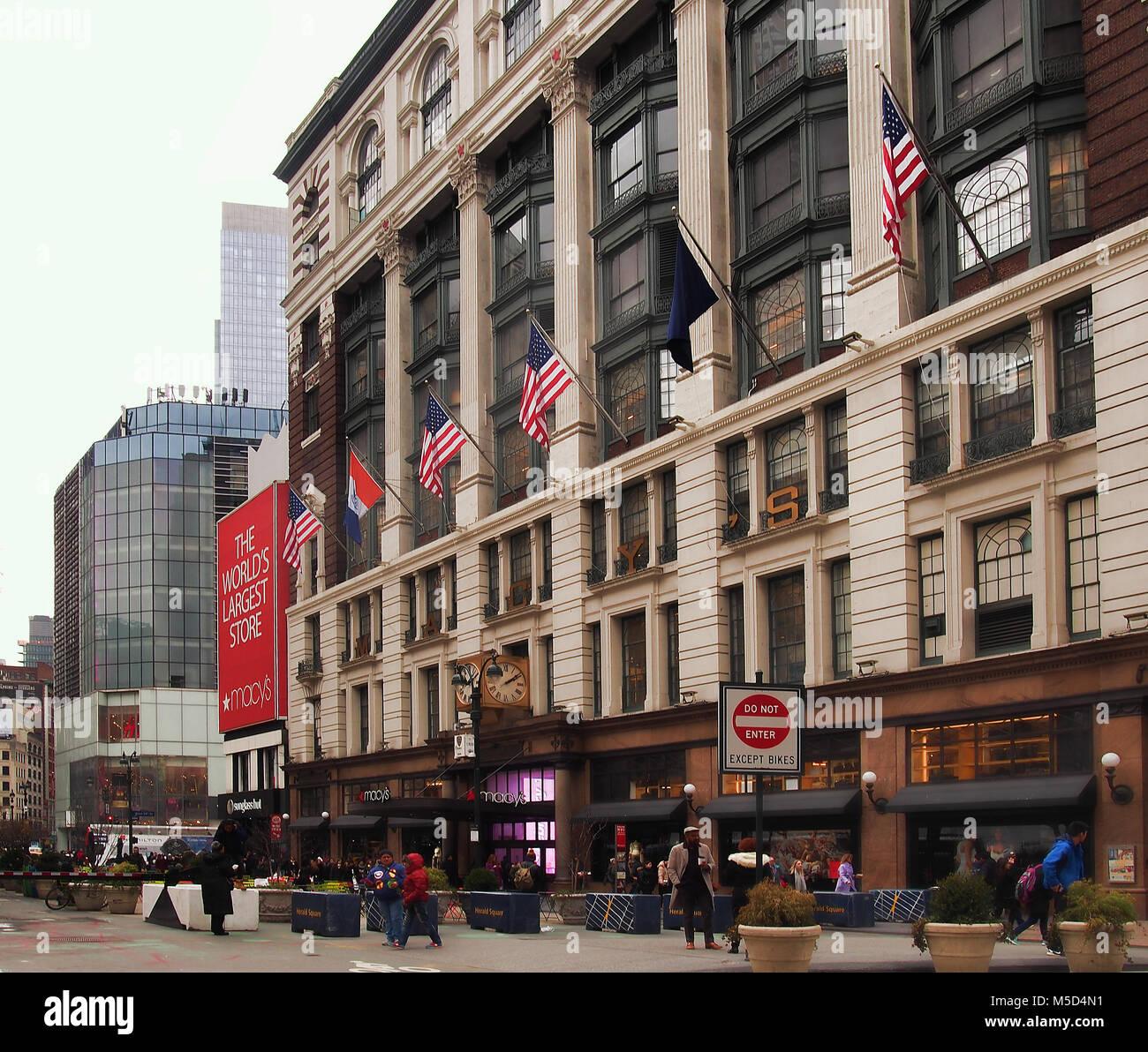 The Very Popular Macys Department Store Stock Photos & The