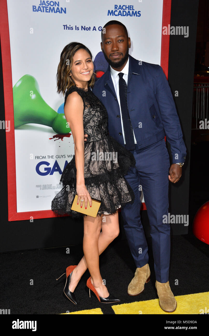 Lamorne morris dating services