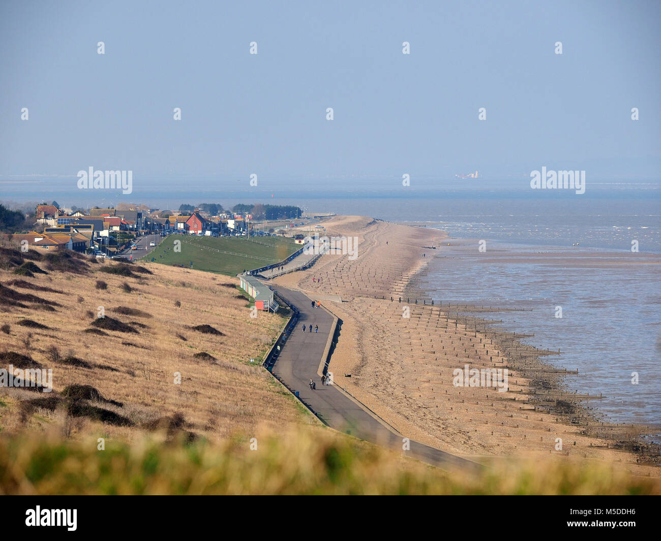 Minster on sea, Kent, UK. 22nd Feb, 2018. UK Weather: a bright and sunny day in Minster on sea but with a cold north easterly force 4-5 wind. Temp 4c, wind chill -1c. Credit: James Bell/Alamy Live News Stock Photo