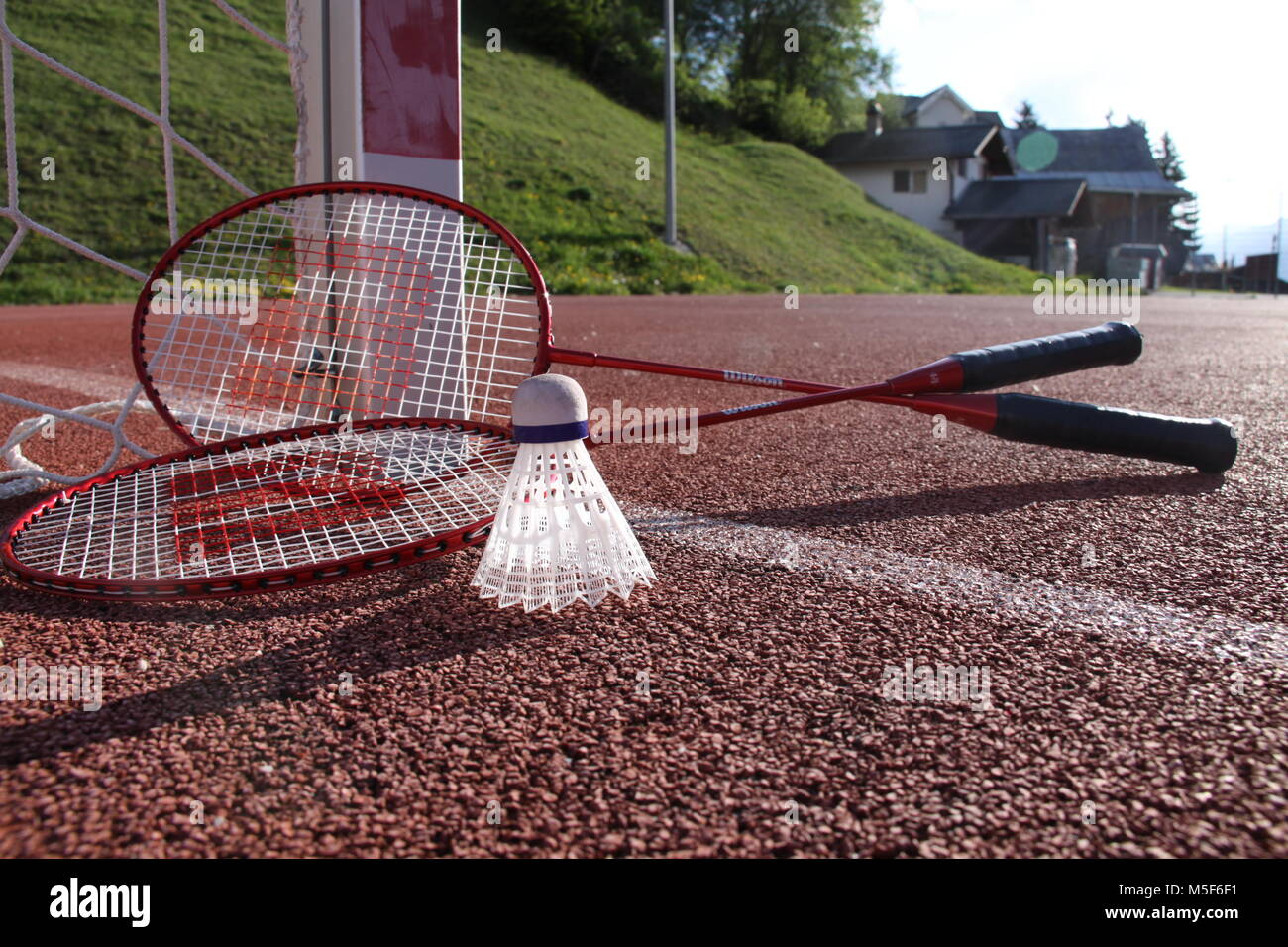 Badmintonset on court - Stock Image